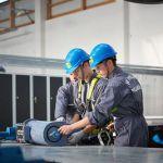 Photo des stagiaires de la formation BZEE à WindLab en pleine maintenance