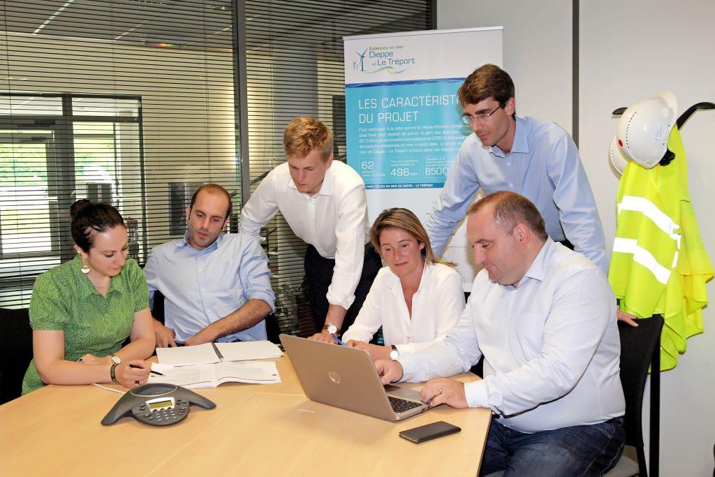 Photo utilisée pour illustrer la fusion des activités éoliennes terrestres et maritimes de Siemens et Gamesa ( Dieppe Le Tréport)